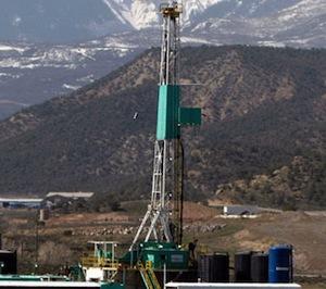 1202010_fracking_ap_328.jpg