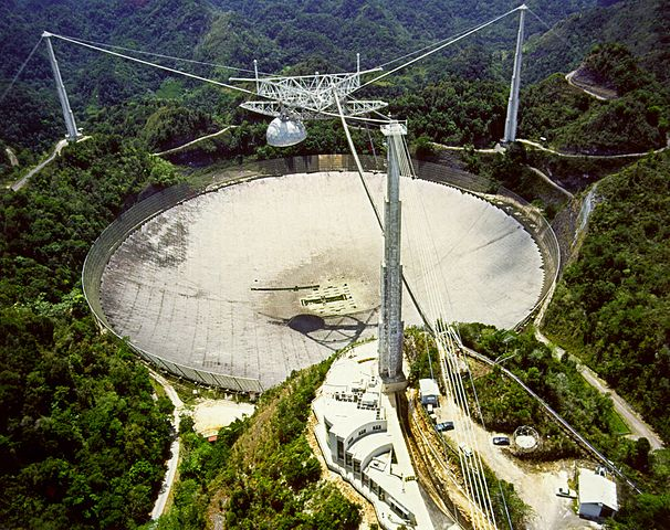606px-Arecibo_Observatory_Aerial_View.jpg